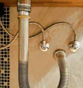 Die passende Ablaufgarnitur für ein Aufsatzwaschbecken – was muß ich noch beachten?