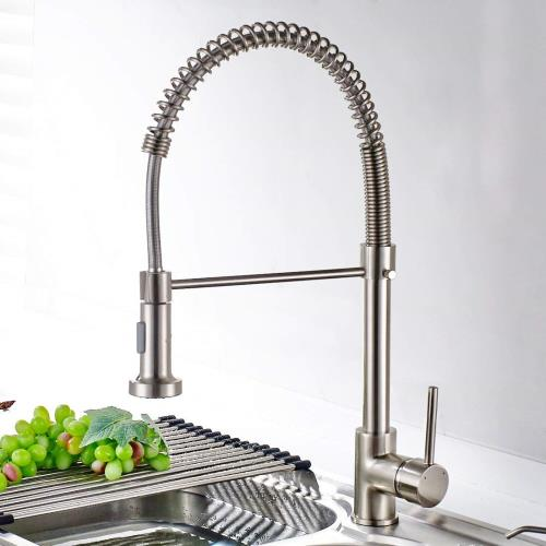 ausziehbare Küchenarmatur Granitwaschbecken